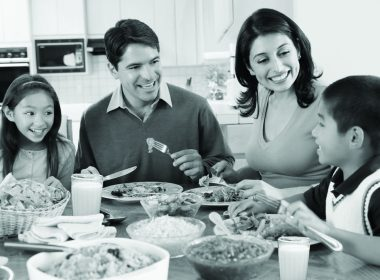 Eating more meals with the family could improve teens' psychological and mental stability. (multivu.prnewswire.com.jpg)