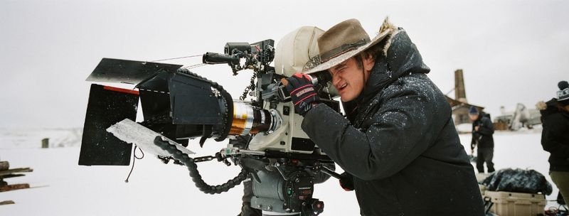 Directors like Quentin Tarantino have returned to this to improve cinematographic effects. (cdn3.vox-cdn.com)