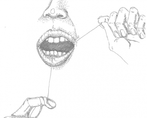 Without sound scientific evidence, is flossing worth the hassle? (Ceci Steyn / McGill Tribune)